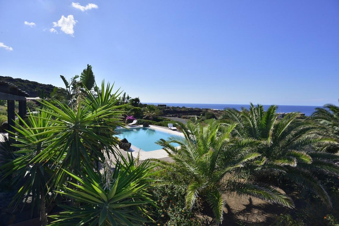 Case Di Pietra Pantelleria : La pantelleria di fuksas