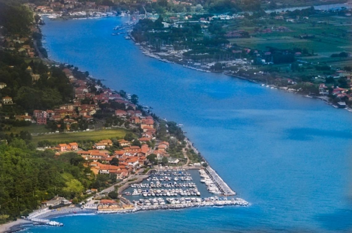 Casa Manzoni - Case e ville Bocca di Magra / Fiumaretta ...